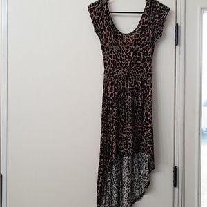 Scoop neck high low leopard print dress